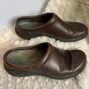 Merrell brown slip on shoes